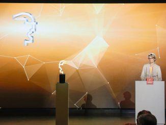 Erˆffnungsfeier der HANNOVER MESSE, Sonntag den 22. April 2018, Hannover Congress Centrum Verleihung des HERMES AWARD, Internationaler Technologiepreis der HANNOVER MESSE, Anja Karliczek, Bundesministerin f¸r Bildung und Forschung